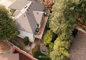 2550 Oakcrest Drive, Issaquah, Washington 98027, 4 Bedrooms Bedrooms, ,1 BathroomBathrooms,Residential,For Sale,Oakcrest,NWM1812040