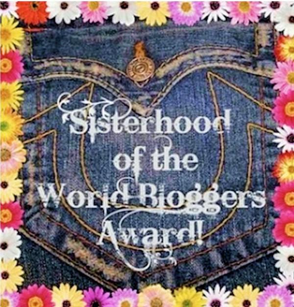 Sisterhood of the World Bloggers Award de Mon Petit Quelque Chose
