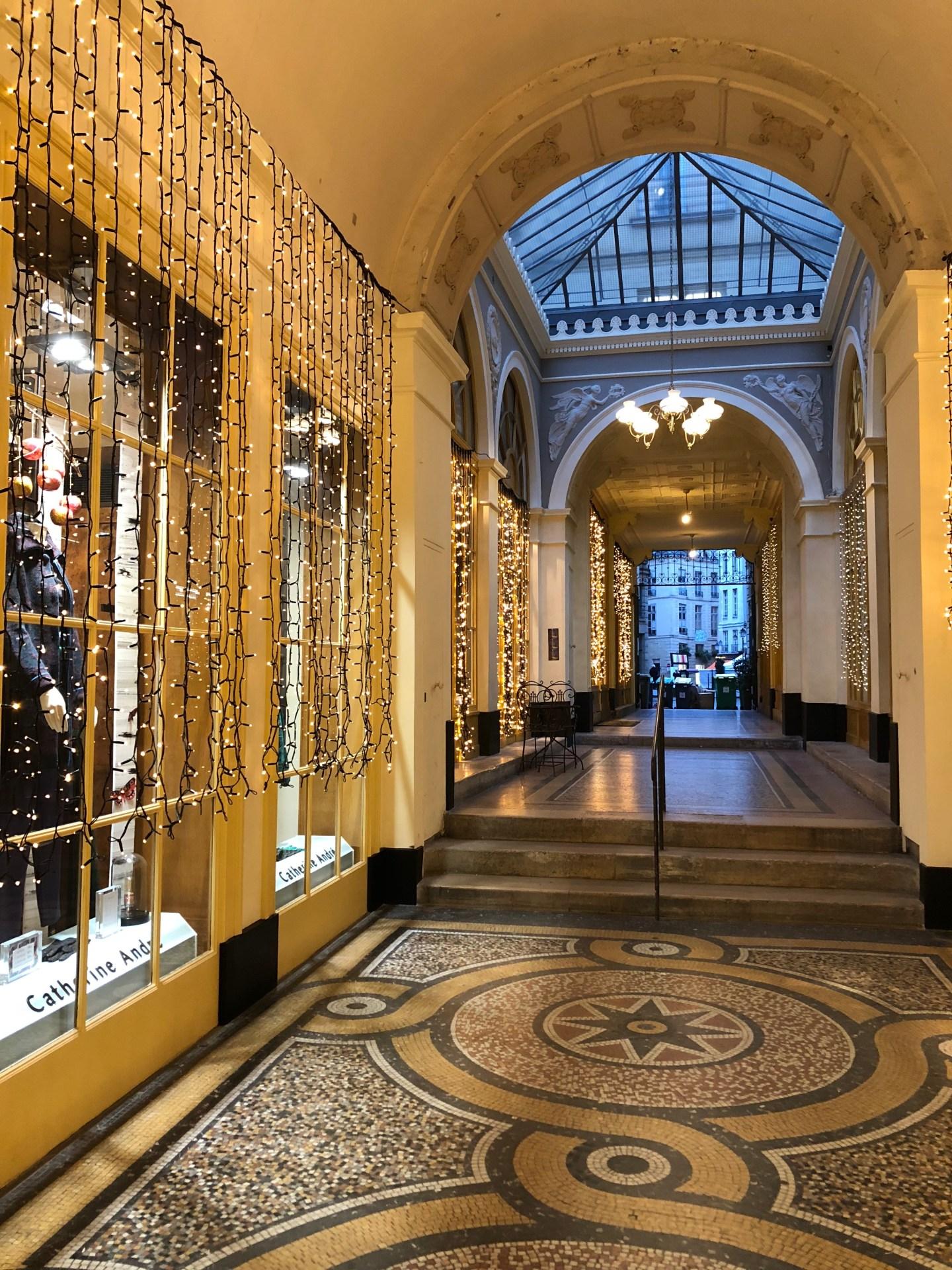 Galerie Vivienne Christmas Lights