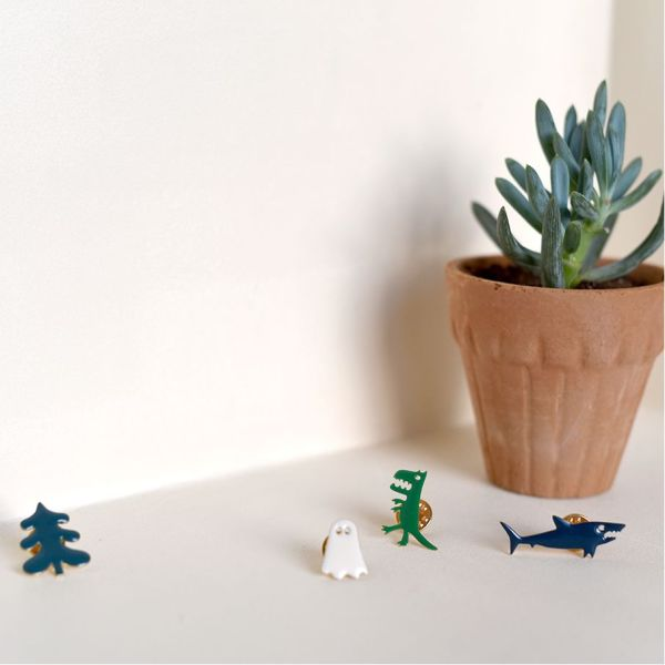 pins-requin-nelson-titlee