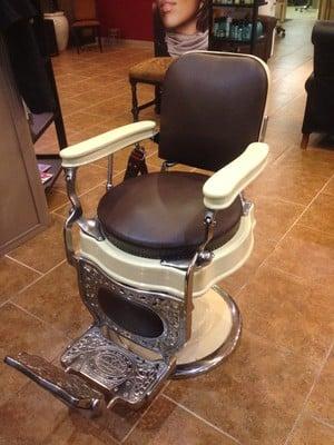 CR4 Thread Antique Koch Barber Chair Reclining Wont