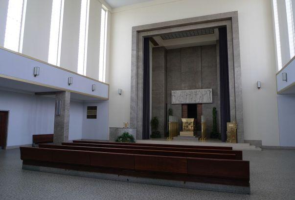 7 Strašnice krematorium