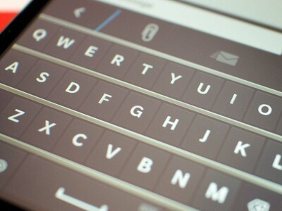 The BlackBerry 10 virtual keyboard on the BlackBerry Z3