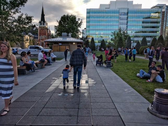 Calgary Night Market Fountains off