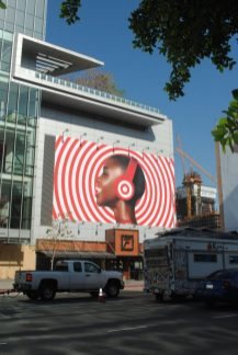 A Guide to the Different Types of Outdoor Signage Advertising for Your Business