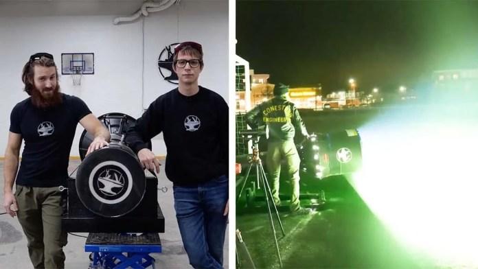 YouTuber creates The World's Brightest Flashlight having a whopping 300 led bulbs