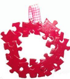 """Complete Me"" Puzzle Wreath"