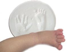 baby foot hand prints