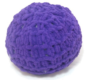 Knitted Ball – Chunky Chenille Wool