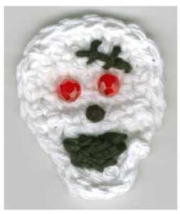 Skull Pin: Crochet Pattern