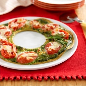 Edible – Holiday Wreath Pizza