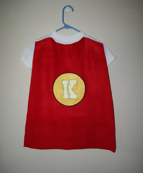 Kids Superhero Cape – No Sewing Required