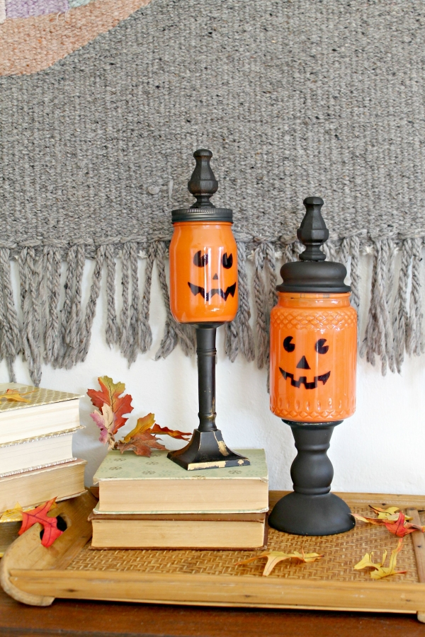 Mason Jar Craft: Pumpkin Candy Jars