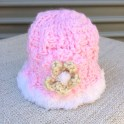 baby hat pink colour and white edge