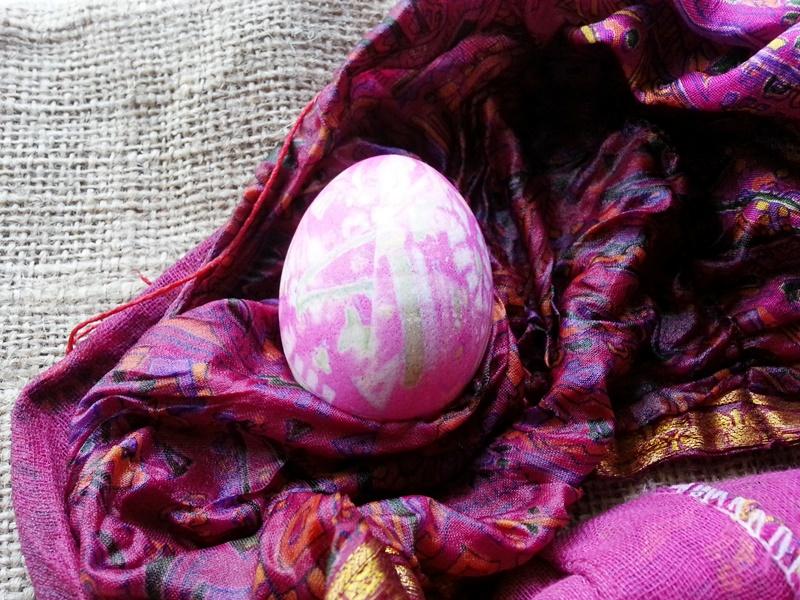 Silk Dyed Eggs!