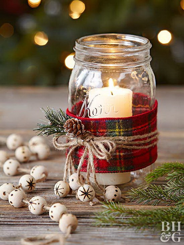 Festive mason jar christmas decor.