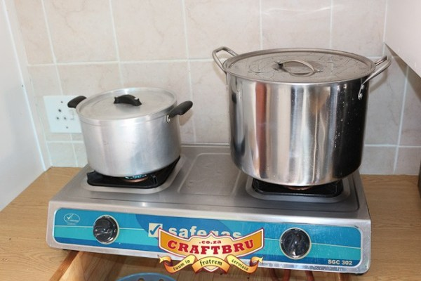 I was going to use the pot on the left, but then my neighbour offered the unused pot on the right. Bonus.
