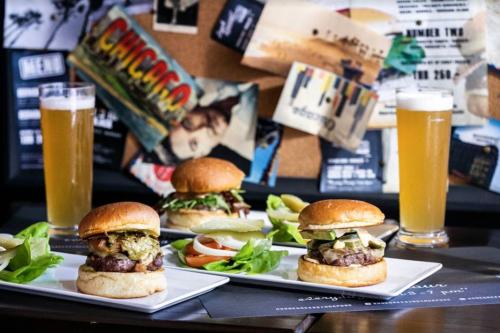 Best-burgers-Singapore-25-degrees-Burgers-Liquor-Bar