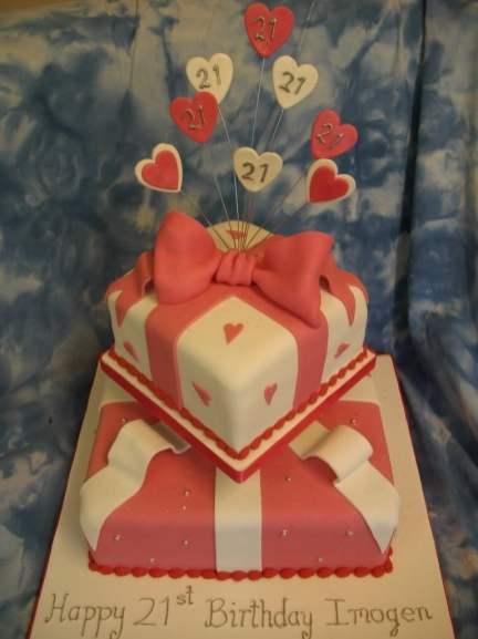 ladiescakes-21st-birthday-cake