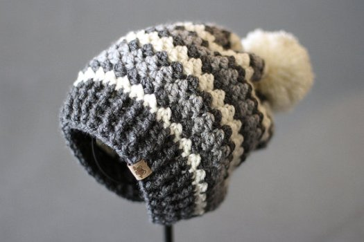Sweet crocheted slouchy hat pattern