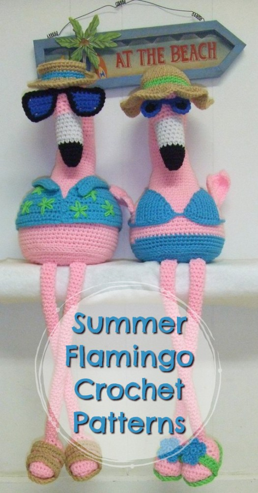 I love these adorable pink flamingo amigurumi crochet patterns. Two cool flamingos all dressed for a summer day at the beach! #craftevangelist
