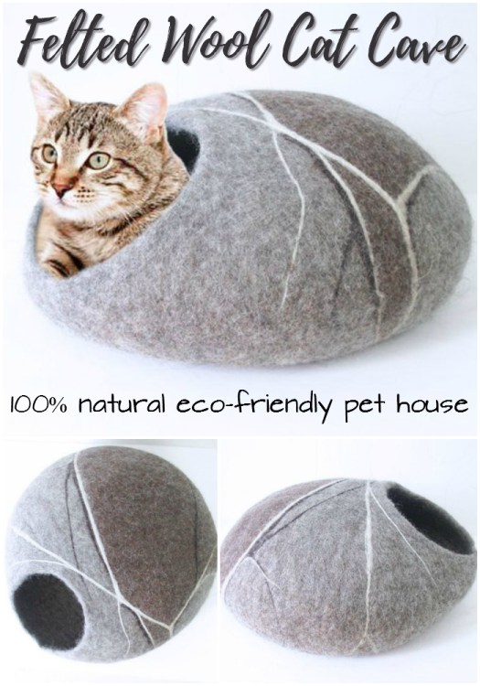 What a fun little gift for the kitty-lover in your life... or for your own kitty of course! #wool #felted #handmade #cats #catgifts #cozy #pethouse #pets #kitty #kittylove #craftevangelist