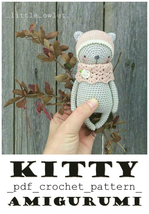 Super sweet and pretty kitty amigurumi crochet pattern! Perfect baby shower gift! I love this little stuffed kitty with her little cowl! So adorable! #crochet #pattern #crochetpattern #amigurumipattern #amigurumi #yarn #crafts #stuffies #handmadegifts #craftevangelist