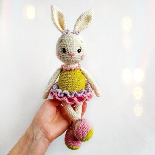 Crochet Amigurumi Bunny Toy Free Patterns Instructions | Crochet ... | 525x525