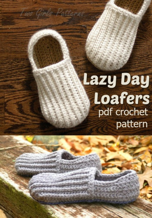 Classic loafers slipper crochet pattern, perfect handmade gift for Father's Day! These look so cozy! #crochet #pattern #slippers #loafers #handmadegifts #fathersday #crochetpattern #yarn #crafts #crochetformen #craftevangelist
