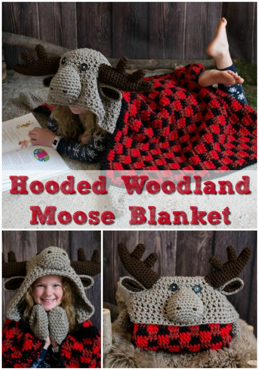 Adorable Hooded Woodland Moose Blanket plaid crochet pattern. This would be a great handmade gift for a kid! #crochet #blanket #blanketpattern #crochetblanket #crochetpattern #yarn #crafts #craftevangelist