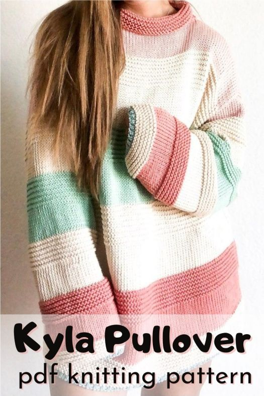 The Kyla Pullover knitting pattern. Easy beginner knitting pattern for this cozy oversized tunic style sweater. This would look so good in any colour! Perfect fall sweater project! #knittingpattern #knitsweaterpattern #knitting #knitpullover #knittunic #oversizedsweater #yarn #crafts #craftevangelist
