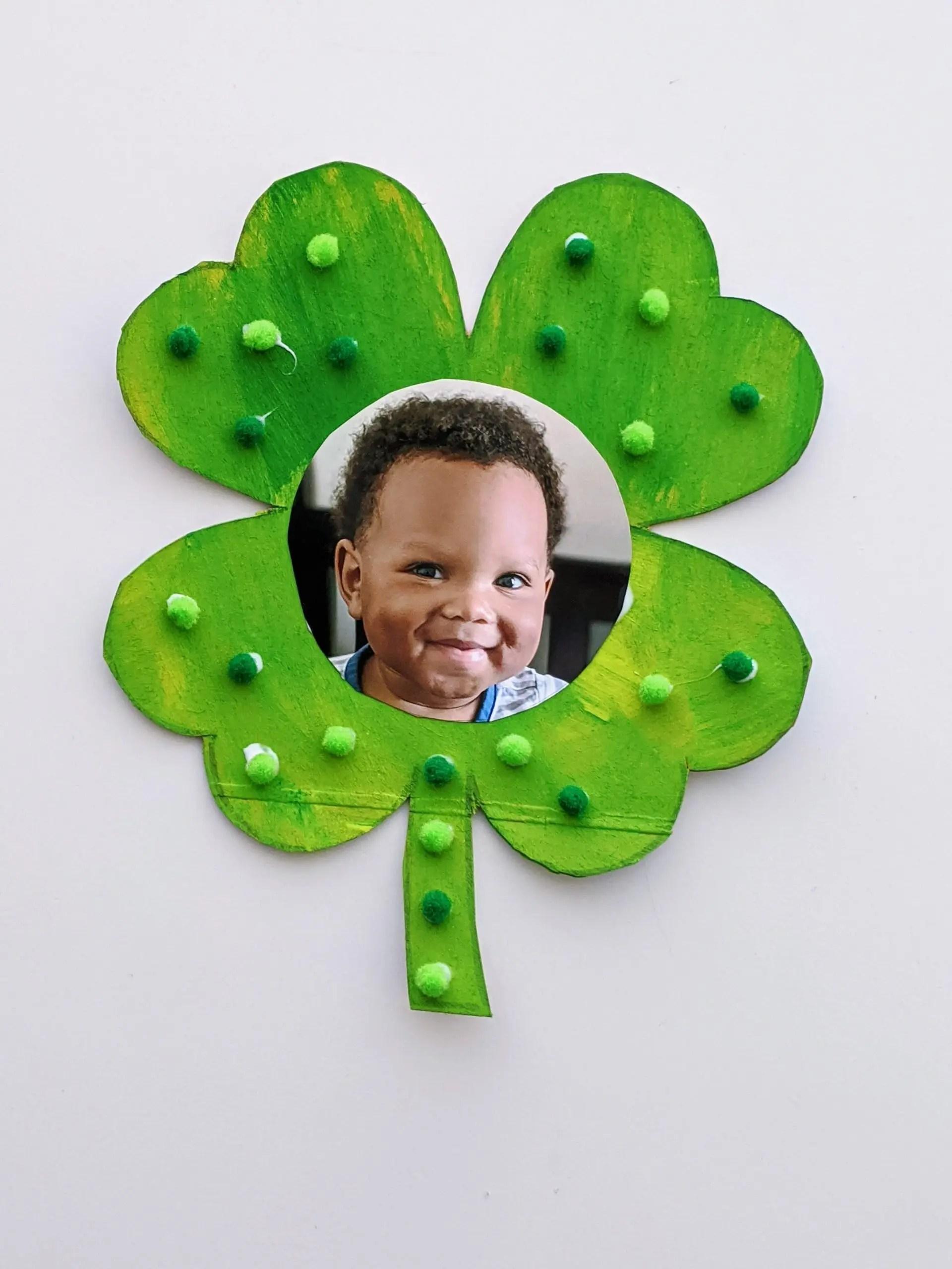 St. Patrick's Day crafts photo magnet