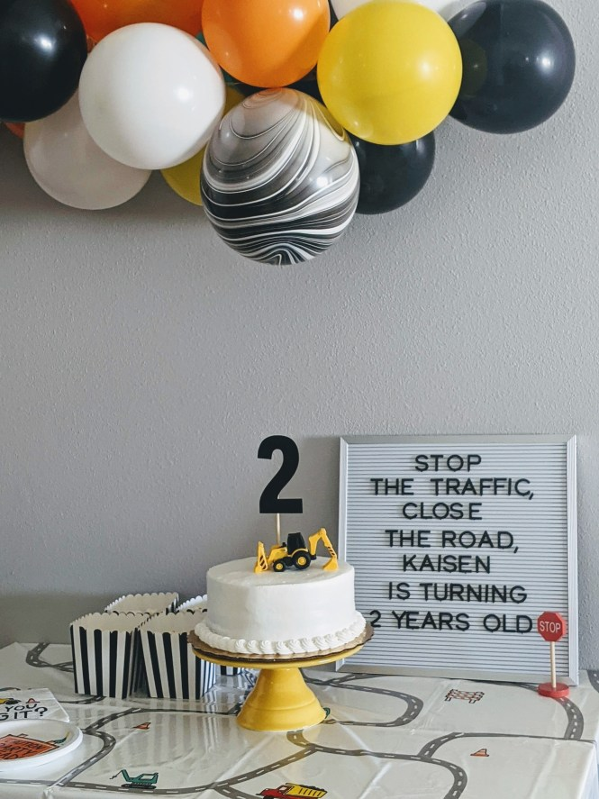 simple construction themed birthday party