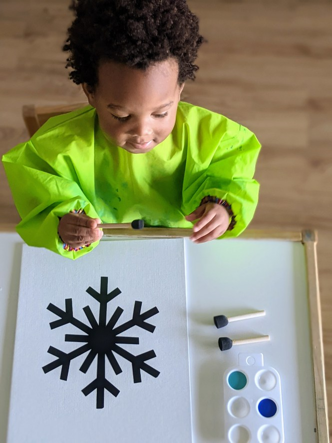 simple snowflake painting for kids