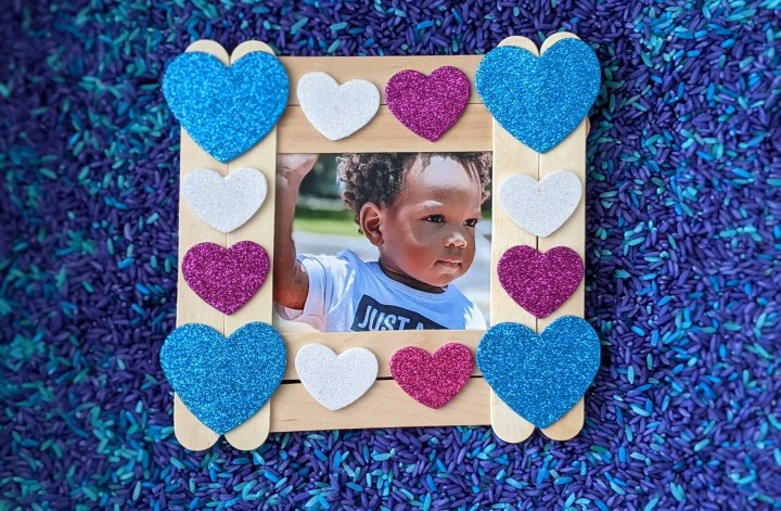craft stick Valentine picture frame