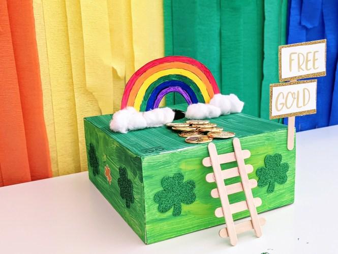 simple leprechaun trap for kids to celebrate St. Patrick's Day