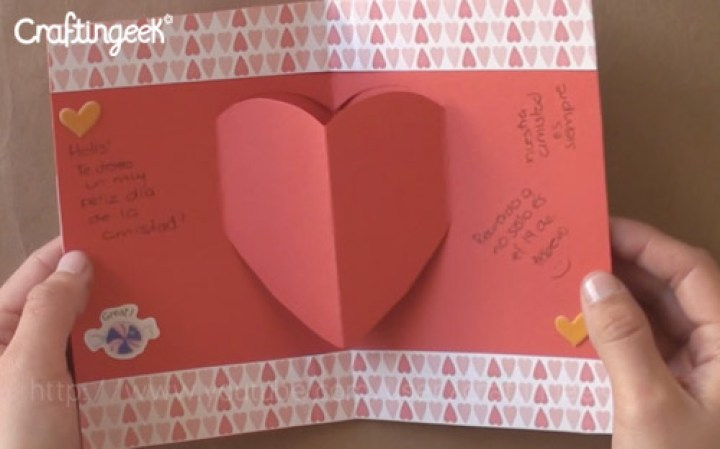 Cómo hacer tarjetas pop-up de amor