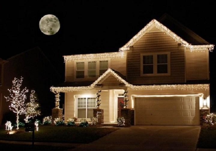 casa con luces 2 luces de navidad