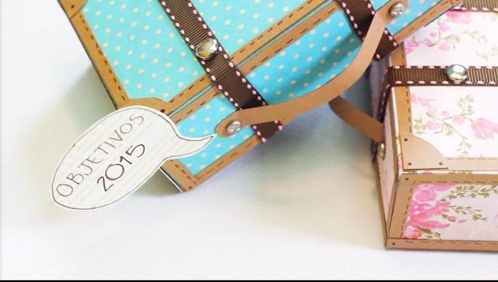 p_manualidades-con-papel-maleta-retro