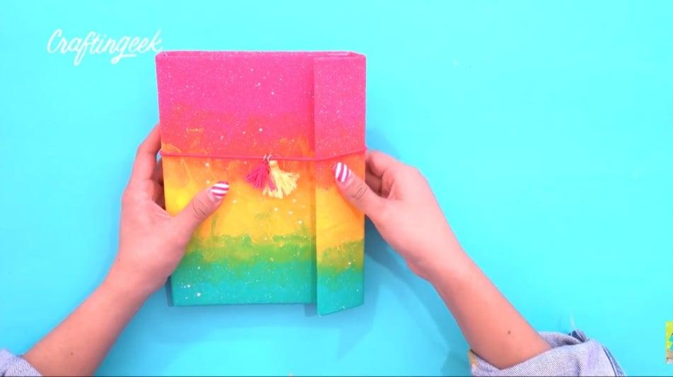 como hacer una libreta de arcoiris