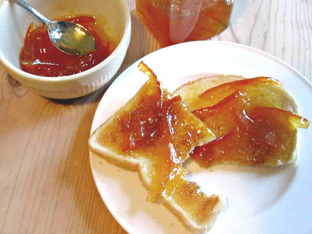 Make amazing Seville Orange Marmalade using our fabulous easy to follow recipe which uses frozen fruit straight from the freezer!