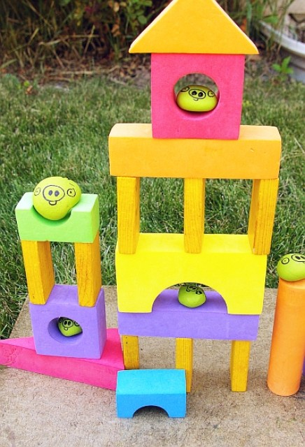 angry-birds-craft-game-outdoor