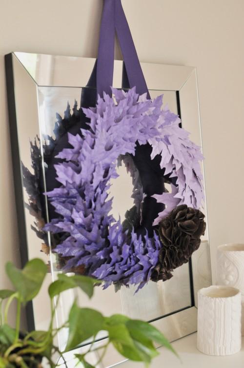 DIY maple leaf wreath