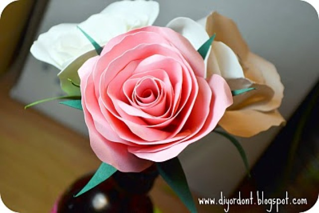 paper-flowers-how-to-make-paper-rose