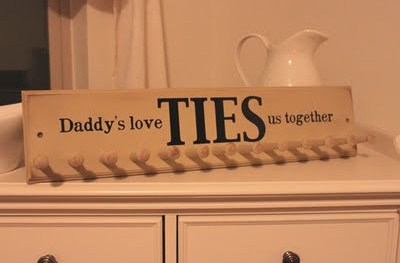 wooden-hanger-fathers-day