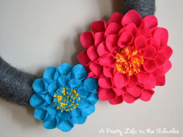 make-handmade-diy-felt-dahlias