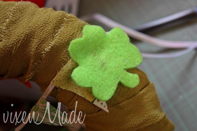 St Patrick's Day Shamrock Wreath tutorial
