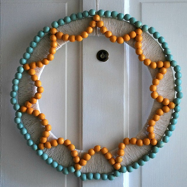 DIY-beads-wreath-tutorial