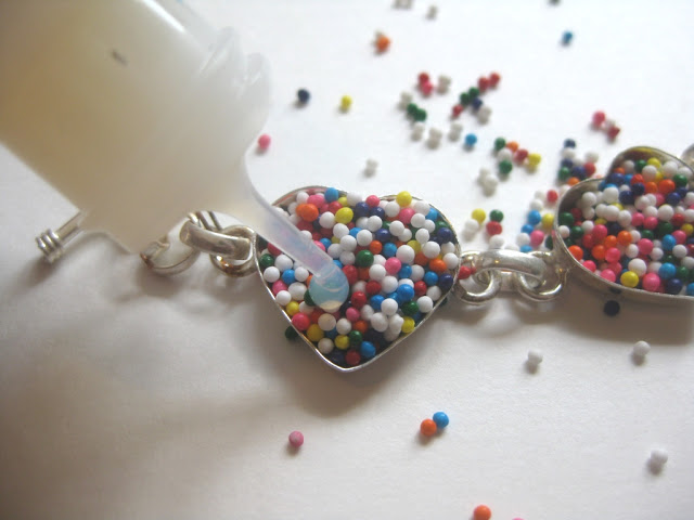 resin-envirotex-lite-bracelet-tutorial