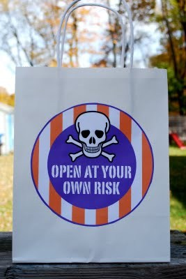 eat-at-your-own-risk-best-halloween-ideas